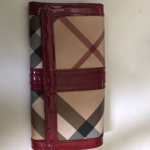 Burberry Giant Check wallet